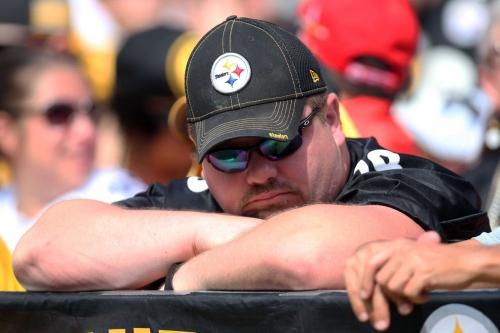 Steelers imploding after starting season 0-1-1, Antonio Brown sends laughable Tweet