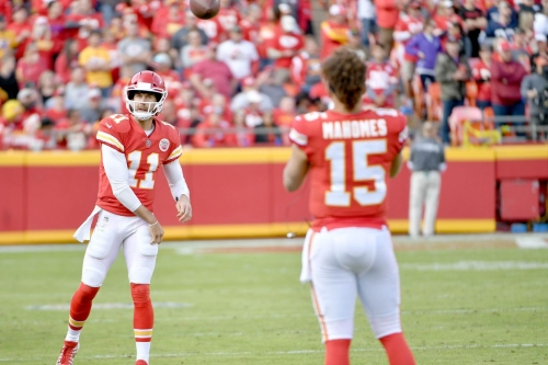 Arrowheadlines: Alex Smith is to thank for Patrick Mahomes' early success