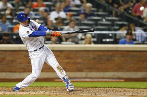 Wilmer Flores diagnosed with early onset arthritis in his knees