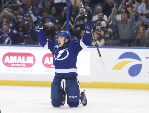 Lightning journal: Adam Erne looks to stick in Tampa