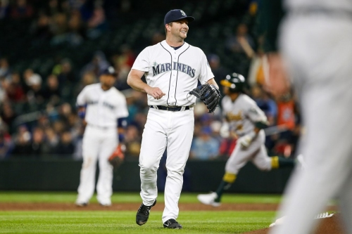 Usual suspects sink Mariners, Mighty Dee Gordon