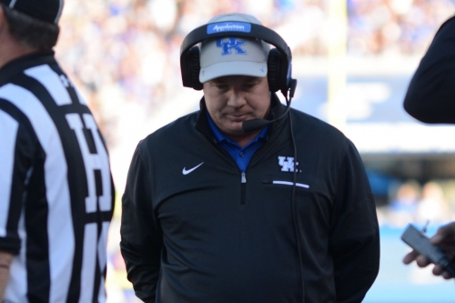 Mark Stoops breaks down South Carolina matchup