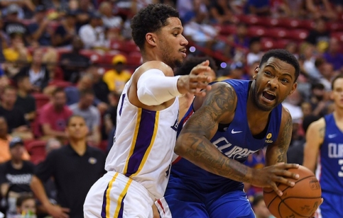 Lakers Vs. Clippers Preview And TV Info: Luke Walton Urges Stronger Defensive Effort, Center Rotation Point Of Focus