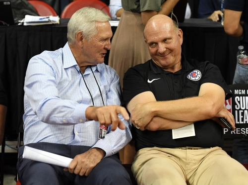 Clippers owner Steve Ballmer pays players a visit before open practice