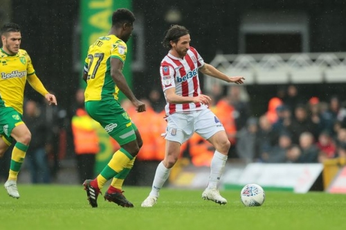 Joe Allen gives insight into Stoke City changing room where 'everyone is now pulling in same direction'