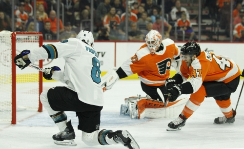 Thornton-less Sharks offense breaks through in win over Flyers