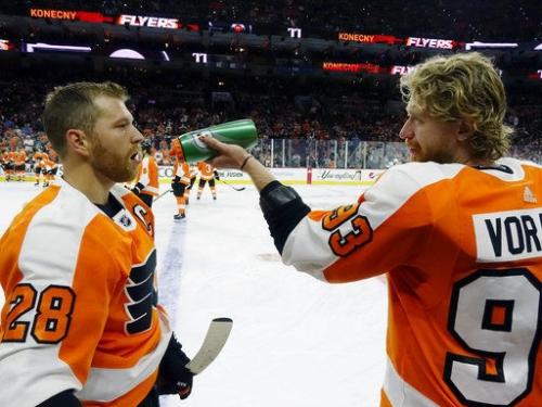 Stats: Sharks 8, Flyers 2