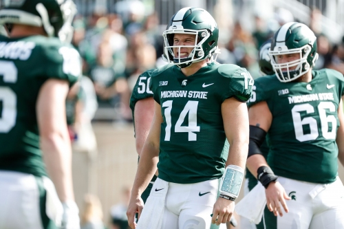 MSU football holds players-only meetings, not hitting 'panic button'