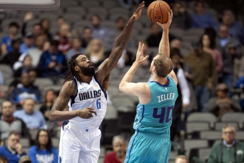 Hornets beat Mavericks, 123-118, in final preseason game
