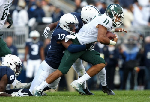 Michigan State football halftime observations: Spartans sticking to run