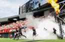 UC Bearcats climb in Top 25 college football polls despite bye