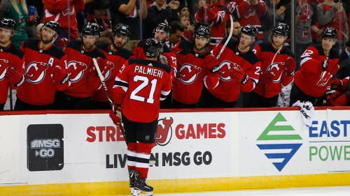 Palmieri scores twice for 3rd straight game in Devils win