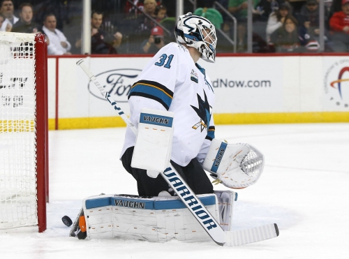 Takeaways: Jones breathes new life in goalie controversy as Sharks lose to Devils
