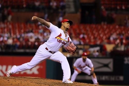 Martinez won't be Cardinals' closer
