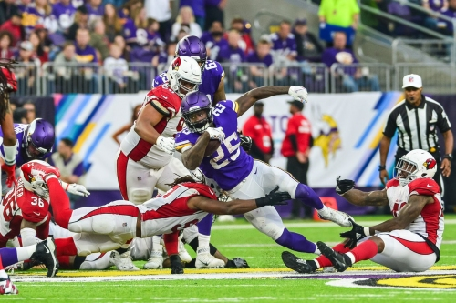 Cardinals' Nickel Giving Up Dimes and Quarters