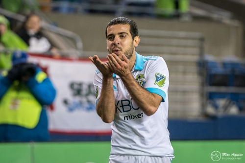 Realio's Ratings: Víctor dazzles