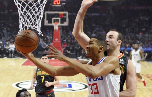Clippers trade Wesley Johnson, waive Jawun Evans to trim roster to 15