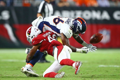 Broncos are 2.5-point road favorites over the Cardinals