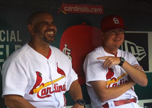 Oquendo decides to head home to Florida, creating a cascade of Cardinals coaching staffs
