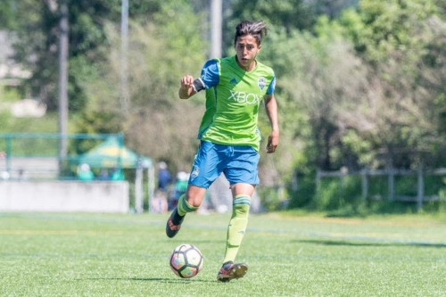 S2 signs 15-year-old Daniel Leyva to pro contract