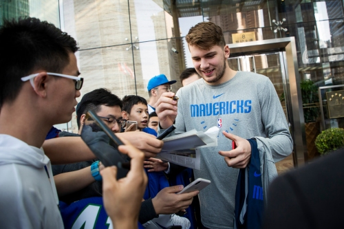 Mavericks-Suns opener also is Luka Doncic vs. Deandre Ayton potential Rookie of the Year showdown