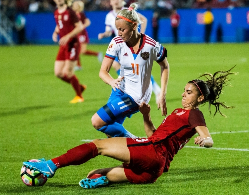 'We have a target on our back': Why USWNT's game against Canada could be a preview of what's to come next summer