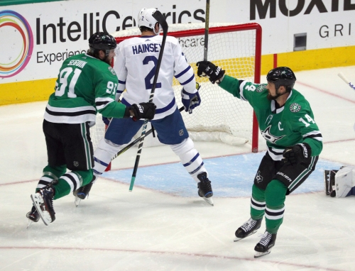 If Stars cornerstones Jamie Benn and Tyler Seguin are together, does it matter who the third linemate is?