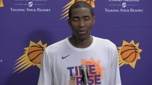 Veteran point guard Jamal Crawford joins the Phoenix Suns