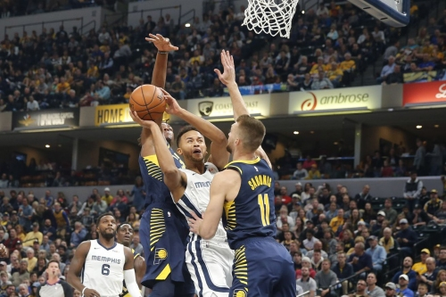Grizzlies lose season opener to Indiana 111-83