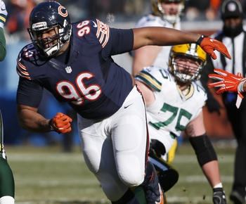 Former Patriot Akiem Hicks makes his mark with Bears