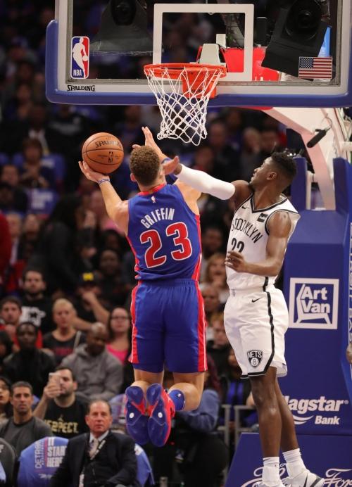 Detroit Pistons master Nets behind big men Griffin, Drummond