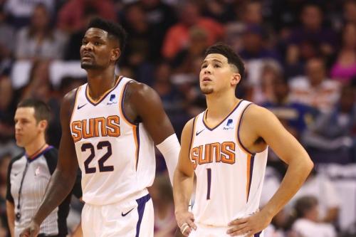 Booker closes out Mavs, Ayton wins battle of top picks, Suns win opener 121-100