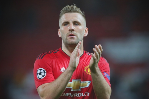 Manchester United fans praise Luke Shaw after he signs new contract