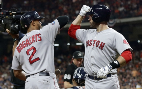 Red Sox-Astros ALCS: J.D. Martinez hits solo homer to give Red Sox 1-0 lead in Game 5