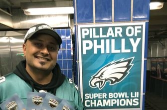 Eagles fan hit with fame after hitting pole gets some glory