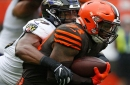 Browns trade running back Carlos Hyde to Jaguars for draft pick