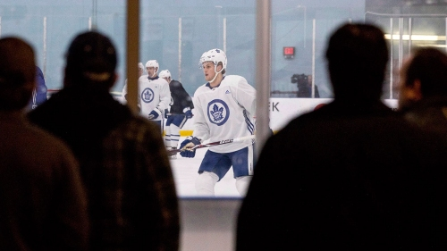 Report: Rival NHL execs question Maple Leafs forward Nylander's value