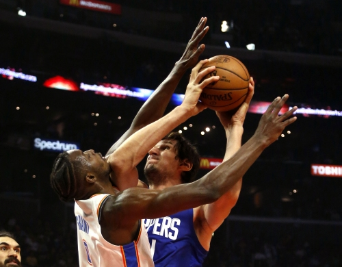 Clippers win the fourth quarter this time, beat Thunder for their first win