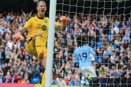 Joe Hart reveals what linesman told him after Man City's second goal vs Burnley