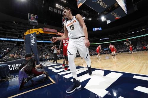 Will Barton injury overshadows Nuggets' huge win over Suns