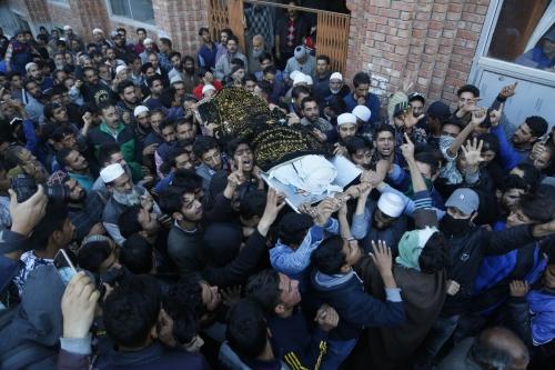 8 combatants, 6 civilians die in Kashmir battles, clashes
