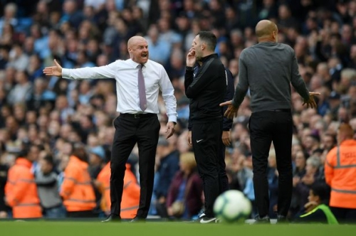 Burnley manager Sean Dyche frustrated by Man City referee decisions