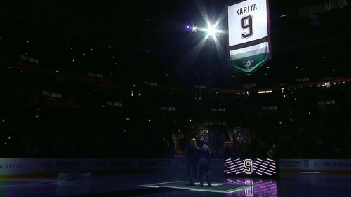 Ducks honour Paul Kariya with memorable jersey retirement