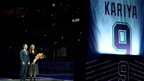 Anaheim Ducks retire Hall of Fame scorer Paul Kariya's No. 9