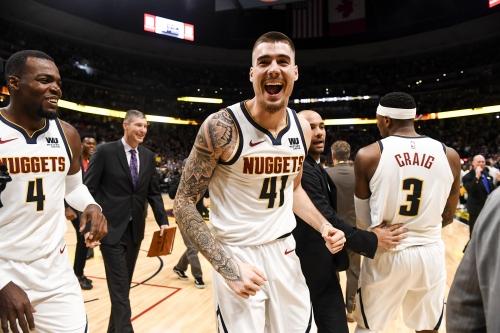 Nuggets' Juan Hernangomez's game-saving block seals improbable win over Warriors