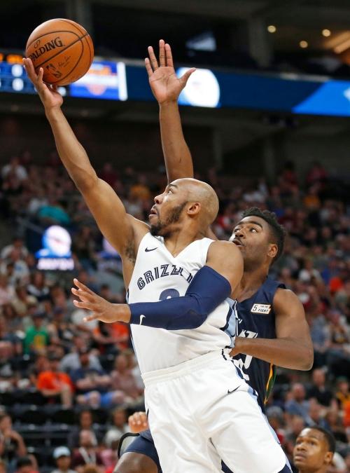 Grizzlies recall Jevon Carter for game vs Washington Wizards