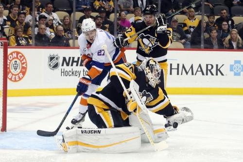 Penguins/Islanders Recap: Loose second period sinks Pittsburgh in 6-3 loss