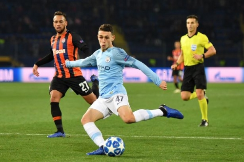 Phil Foden and Kevin De Bruyne start for Man City vs Fulham in Carabao Cup, Claudio Gomes on bench