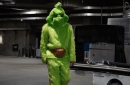 "Lakers News: JaVale McGee Believes ""The Grinch"" Costume Was Among Best Across NBA On Halloween"