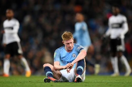 Pep Guardiola left hoping Kevin De Bruyne injury is not serious as Man City star limps out of Fulham win